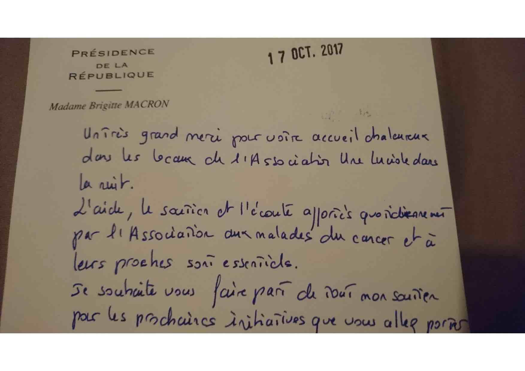 Mme Brigitte Macron adresse ses remerciements à l'association à la suite de sa visite du 10 Octobre 2017